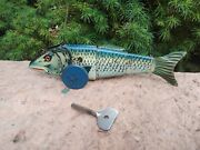 Rare Hard To Find Working 1930and039s Marx Fish Tin Windup Toy Great Graphics