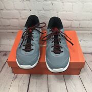 Men's Nike Revolution 2 Size 10 Grey/red 10554953 039 Very Good Condition