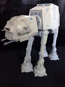 Star Wars Hasbro Vehicule At-at Sons Et Lumieres