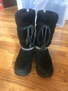 Womenandrsquos Waterproof Uggs Snow Boots Size 6