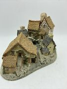 David Winter Brookside Hamlet Made In Great Britain Hand Made Hand Painted