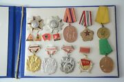 Albania Medal 10x Medals In Hardcover With Pins