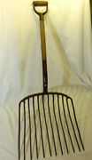 Vintage Antique Farmhouse 18 Wide 12 Tine Hay Pitch Fork With Wood Handle