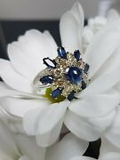 Beautiful Secondhand 18ct White Gold Blue Saphire Cluster Ring Size N