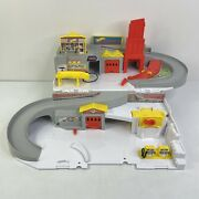 Hot Wheels Car Wash And Service Station Center Sto N Go Playset Dmw90 2015 Mattel