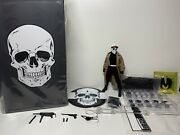 Mezco One12 Mdx White Skull Agent 1/500 Rumble Society Exclusive 6 Inch Figure