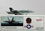 1200 Herpa Wings 552981 Mcdonnell Douglas F/a-18c Hornet Vfa Stingers Us Navy