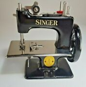 Singer Sewhandy Model No. 20-10 Sewing Machine In Box With Clamp And Instructions.