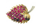 Amazing 18k Gold Diamond Ruby Strawberry Leaf Brooch Antique 1950and039s