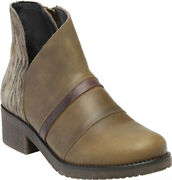 Womenand039s Naot Emerald Ankle Bootie