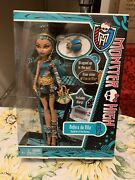 Monster High Nefera De Nile Doll With Azura Pet New Unopened Free Shipping
