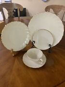 Lenox Laurent China 5 Piece Place Setting Service For 8