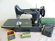 Singer Featherweight 221 Centennial Sewing Machine W/foot Pedal And Buttonholer