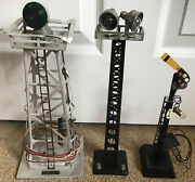 Vtg Train Lionel No 394 Beacon Railroad Sign 74 And Light Tower Lot 3 Untested