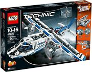 Lego Technic 42025 Cargo Plane Brand New Sealed Mint Condition Discontinued