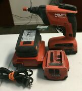 Hilti Sd 4500-a22 Drywall Screwdriver / Screwgun W/ 2 Batteries And Charger