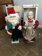 """Telco 24"""" Mr. And Mrs. Santa Claus Motionette"""