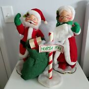 Annalee Dolls 18 Mr And Mrs Velour Santa With North Pole Sign
