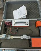 Metrotech 810 Transmitter Utility Wire Cable Pipe Line Locator Kit Receiver