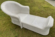 Vintage Antique Style White Wicker Chaise Lounge Boho Outdoor Raised Footrest