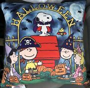 Snoopy Pillow Barn New Sold Out Halloween Peanuts Pottery Light Up Rare Boo 🎃