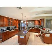 Pre-owned Kitchen Brookhaven Kitchen Cabinets Granite Countertops And Appliances