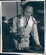 1940 Photo Infra Red Lamps Jd Hall Engineer Westinghouse Reflector Grill