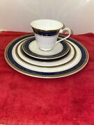 Royal Doulton 1992 Fine Bone China Stanwyck 5212 4 Complete Place Settings Vtg
