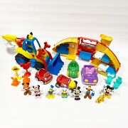 Mickey Mouse Clubhouse Playset Lot Camper Mouska Dozer Figures Minnie Donald B5