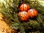 Primitive Christmas Holiday Decor 3 Cloved Oranges ☆ Winter Bowl Ornies