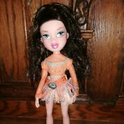 Bratz Ice Championz Dana Wearing Maribels Outfit From The Same Line But No Shoes