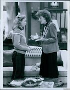 1982 Family Ties Comedy Julie Payne Cristen Kauffman Oops Actor Photo 7x9