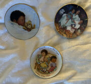 Vintage Antique Collectible Exclusive Avon Products Porcelain Trimmed 2 In 22k