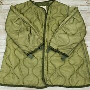 Vtg Us Army Extreme Cold Weather Parka Liner Med Quilted Nylon Shell Gibraltar