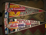 Pair Of Complete Setswincraft Chicago Bulls 1993 Pennants W/ Sticker And Buttons