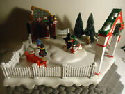 Dept. 56 And039photos With Santaand039 Animated 52790 W/box