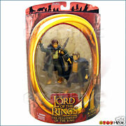 Lord Of The Rings Fellowship Merry And Pippin Half Moon