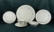84-pce Set For Twelve Or Less Of Syracuse Sweetheart Pattern U.s.a China