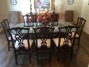 Thomasville Traditional Mahogany Dining Room Set With 9 Pieces