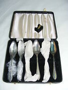 Vintage 1940s Viners Sheffield England Set Of 6 Silverplate Spoons Leather Case