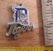 Detroit Tigers 1998 Pendant For Necklace Aminco Mlb Baseball
