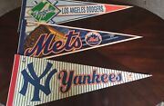 Lot Of 30 1990's To 2000's Wincraft Team Pennants Mlb,nfl,nba,nhl