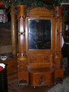 Antique Very Large Quartersawn Oak Hall Tree One Of A Kind Very Rare Model