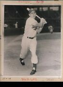 Early Original Gil Hodges Cabinet Photo Brooklyn Dodgers Type I