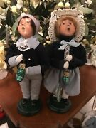 Byers Choice Carolers,1999 Girl And Boy W/pickle Ornament,tags Never Displayed