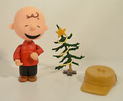 2003 A Charlie Brown Christmas And Tree 5 Action Figure Peanuts Gang Snoopy