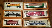 New Tyco Ho Scale Rail Cars Mail Pouch Boxcars Flatcars Texaco Tanker Lot Of 7