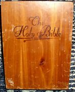 1958 Bible Memorial Edition Concerdance Edition In Wood Box Nice Check It Out