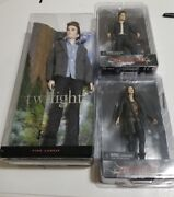 Neca Twilight Eclipse Set Of 2 Edward And Victoria With A Pink Label Edward Barbie
