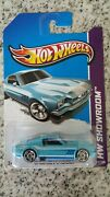 Hot Wheels And03965 Mustang 2 + 2 Fastback With Rare Wheels Variation . Vvhtf